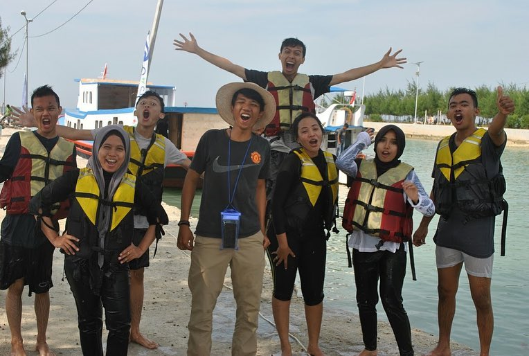 gathering pulau pari-min